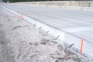 Цементно-бетонная дорога: преимущества и недостатки